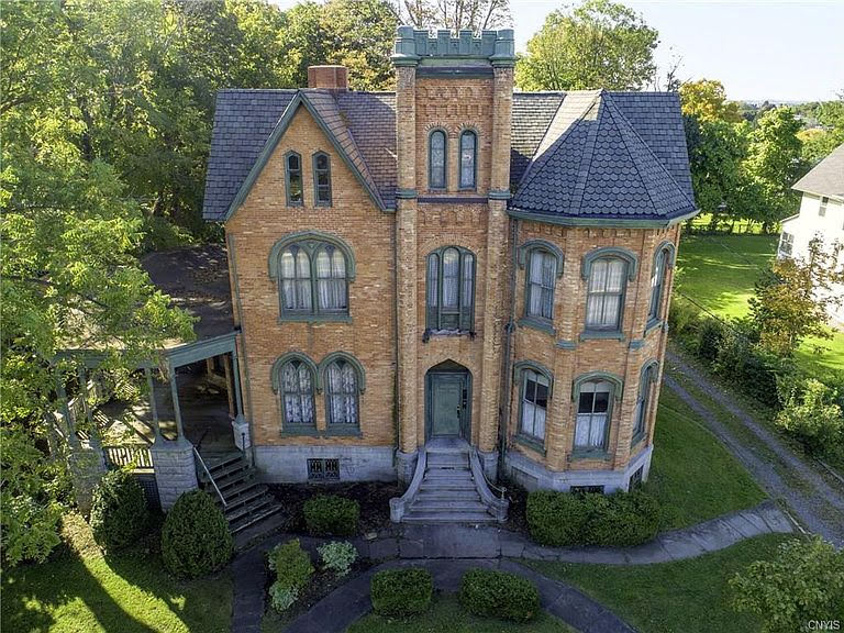 1861 Fixer Upper For Sale In Auburn New York