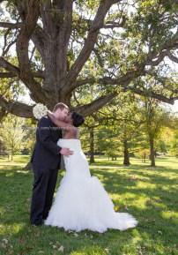 Wedding Bride Groom Kiss