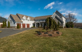 6 River Park Dr, Cromwell, CT 06416