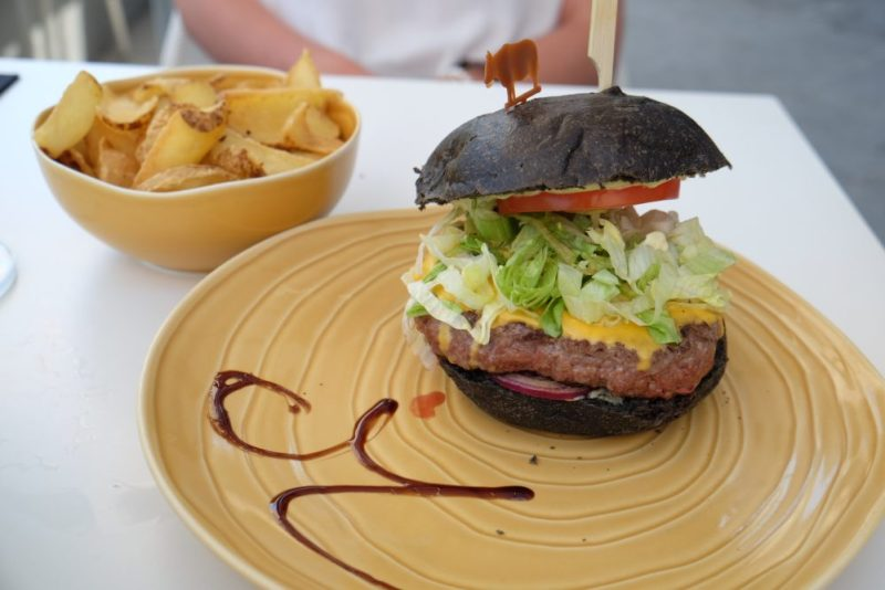 Japan Black Pepper Burger