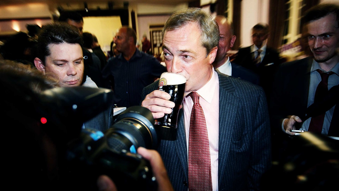 ‎Out campaign should have nothing to do with Nigel Farage