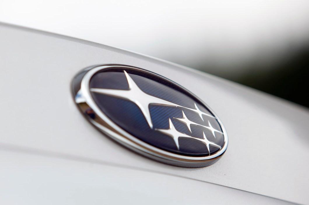 Car Symbol With Stars Carbk