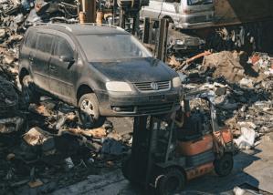 欠稅車、事故車、泡水車可以汽車報廢嗎?價格會不會有影響?-汽車報廢情境大解密