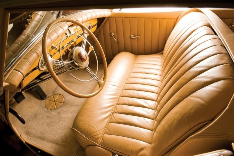 1940 Packard Custom Super Eight Convertible Sedan by Darrin 4