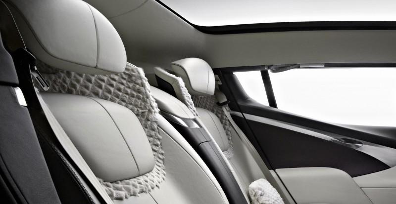 2009 Aston Martin LAGONDA SUV Concept 17 - Copy (2)
