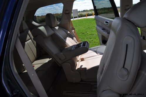 2014 Nissan Pathfinder Platinum Inside and Out18