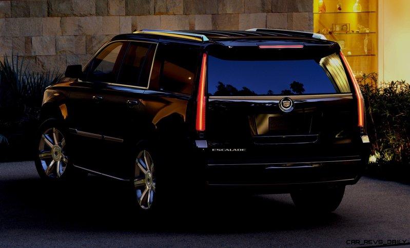 2015 Cadillac Escalade In-Depth Review + Mega Galleries38