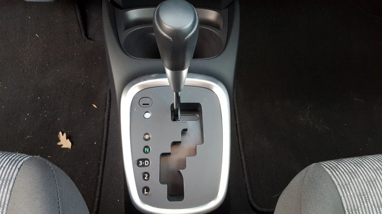 Toyota Yaris shifter