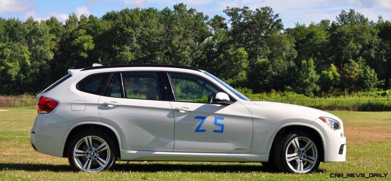 BMW X1 sDrive28i M Sport - Alpine White in 60 High-Res Photos12