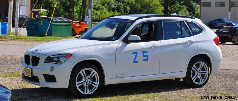 BMW X1 sDrive28i M Sport - Alpine White in 60 High-Res Photos3