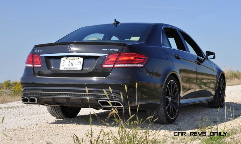 CarRevsDaily.com - Fun Car Gifs - 2014 E63 AMG 4MATIC S-Model in 30 High-Res Images24