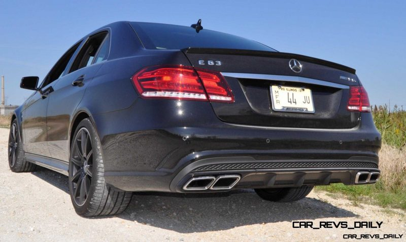CarRevsDaily.com - Fun Car Gifs - 2014 E63 AMG 4MATIC S-Model in 30 High-Res Images25