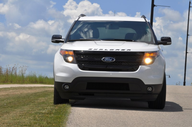 Ford Explorer Sport - Photo Showcase11