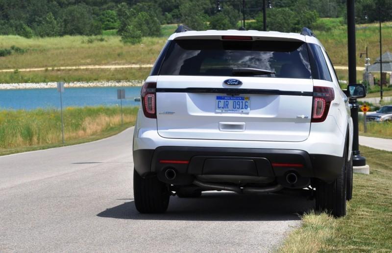 Ford Explorer Sport - Photo Showcase4