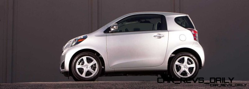 2014 Scion iQ Glams Up With Two-Tone EV and Monogram Editions 7