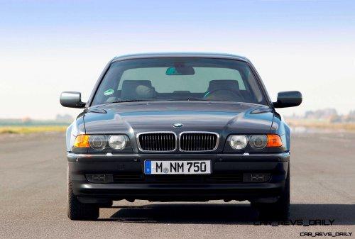 Celebrating the Evolution of the V12 BMW 7-series 36