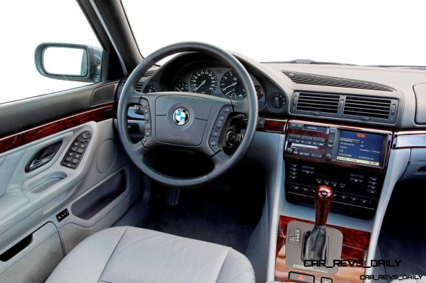 Celebrating the Evolution of the V12 BMW 7-series 40
