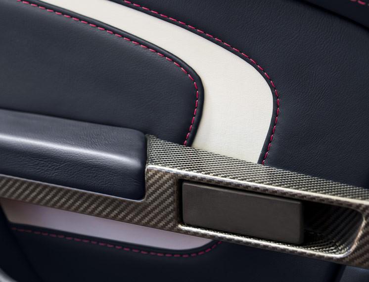 2014 Aston Martin V12 Vantage S Roadster 20