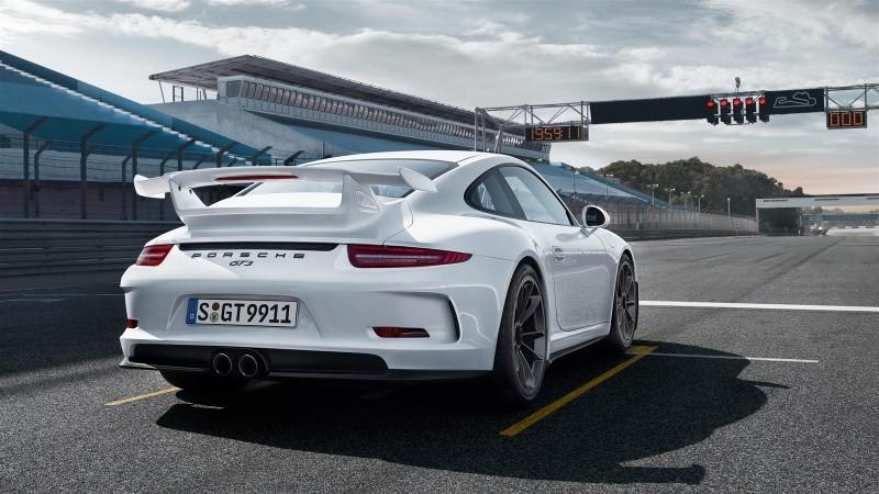 2014 Porsche 911 GT3 Is 9000-RPM Boxer Bliss 36