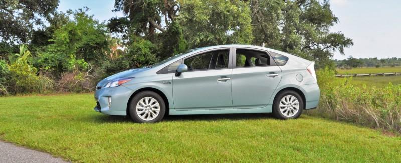 2014 Toyota Prius Plug-in Hybrid 18