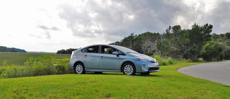 2014 Toyota Prius Plug-in Hybrid 8