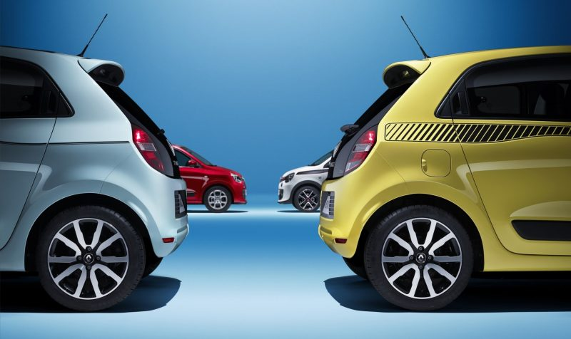 All-New Renault Twingo Packs Rear Engine, Four Doors and Cute New Style 2