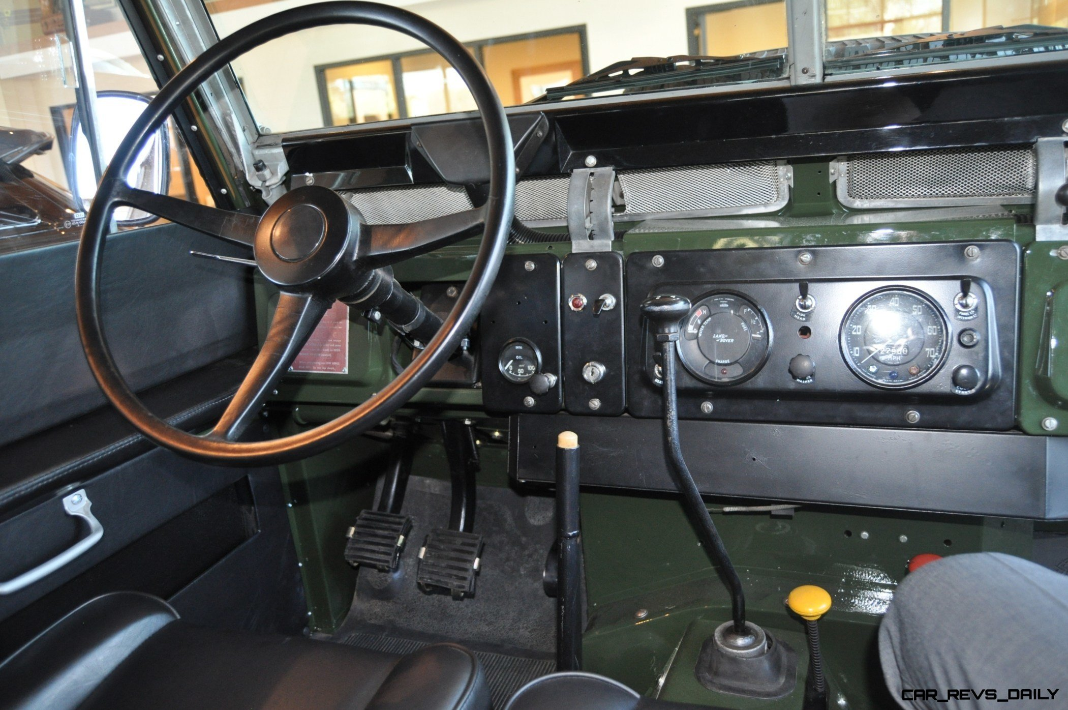 Video Walk around and s Near Mint 1969 Land Rover Series II
