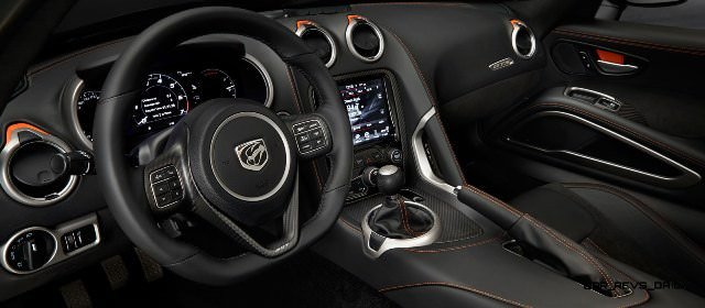 2014 SRT Viper Brings Hot New Styles and Three New Colors19
