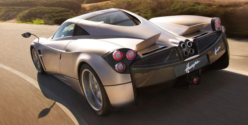 Car-Revs-Daily.com -- Supercar Showcase -- PAGANI HUAYRA 9