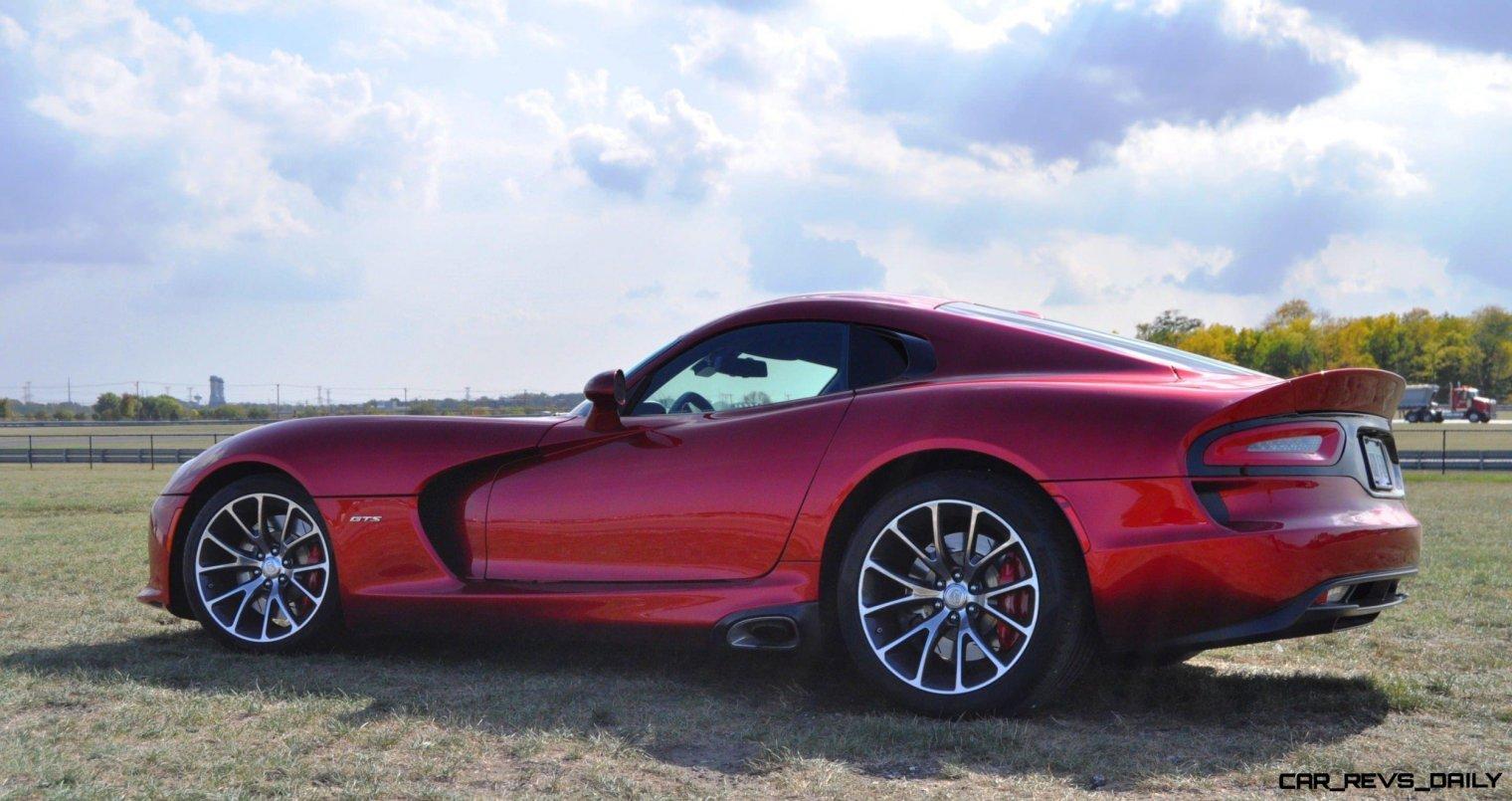 CarRevsDaily.com - 2014 SRT Viper GTS - Huge Wallpapers19
