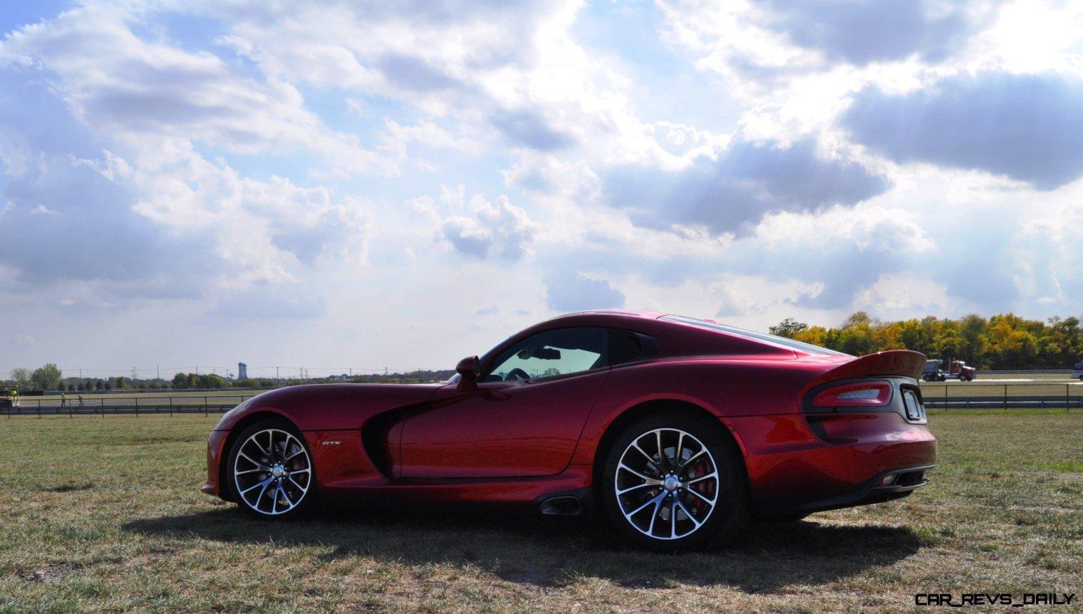 CarRevsDaily.com - 2014 SRT Viper GTS - Huge Wallpapers20