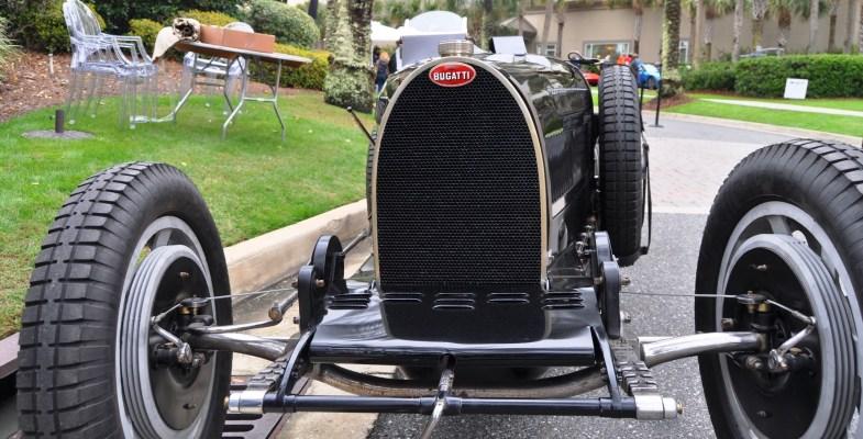 PurSang Argentina Shows Innovative Marketing with Street-Parked 1920s Bugatti GP Car4