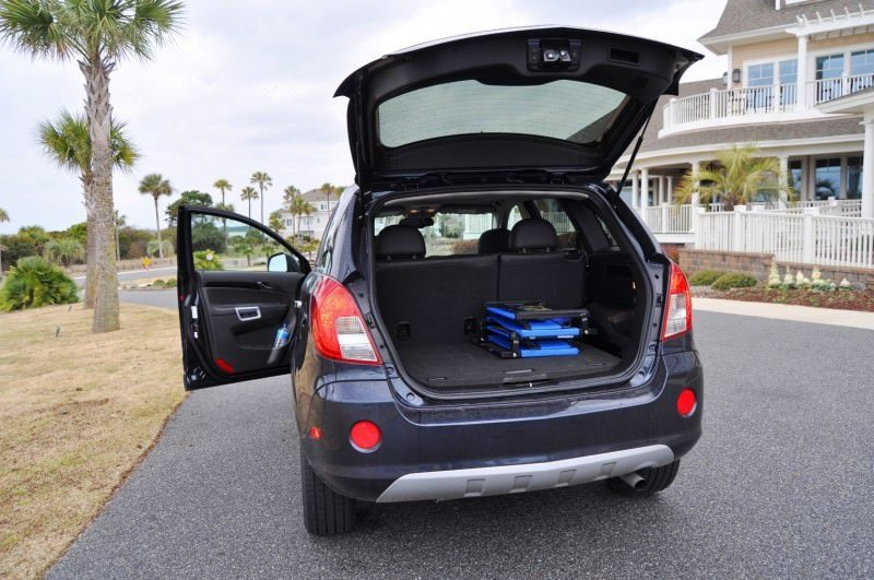 Three-Part HD Road Test Review + 60 Photos -- 2014 Chevrolet Captiva Sport LT -- Euro-Capable, High-Speed EconoCross!37