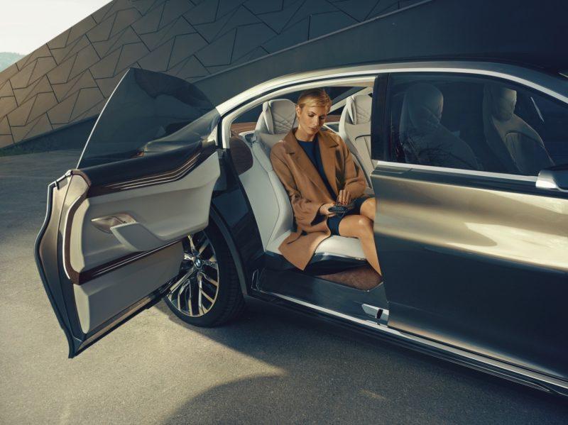 Car-Revs-Daily.com Design Analysis BMW Vision Future Luxury Concept Beijing 2014 EXTERIOR 5