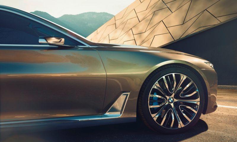 Car-Revs-Daily.com Design Analysis BMW Vision Future Luxury Concept Beijing 2014 EXTERIOR 6