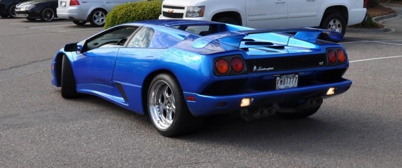 Car-Revs-Daily.com Supercars 1999 Lamborghini Diablo VT1