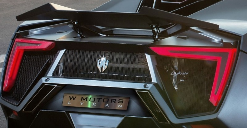 Car-Revs-Daily.com - W Motors LYKAN HyperSport 29