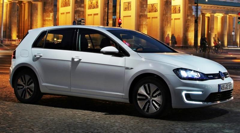 2015 Volkswagen e-Golf 2