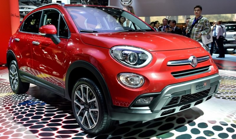 2016 Fiat 500X Makes Paris Debut With Optional AWD and 9-Speed Automatic 2