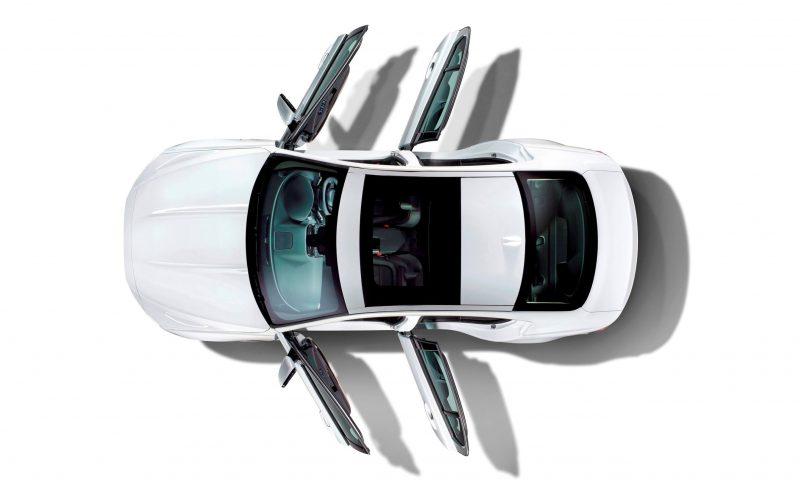 2016 Jaguar XE 31