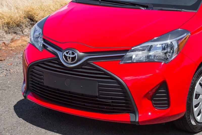 Road Test Review - 2015 Toyota Yaris SE 5-Door 13