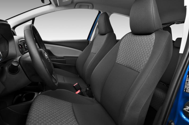 Road Test Review - 2015 Toyota Yaris SE 5-Door 19