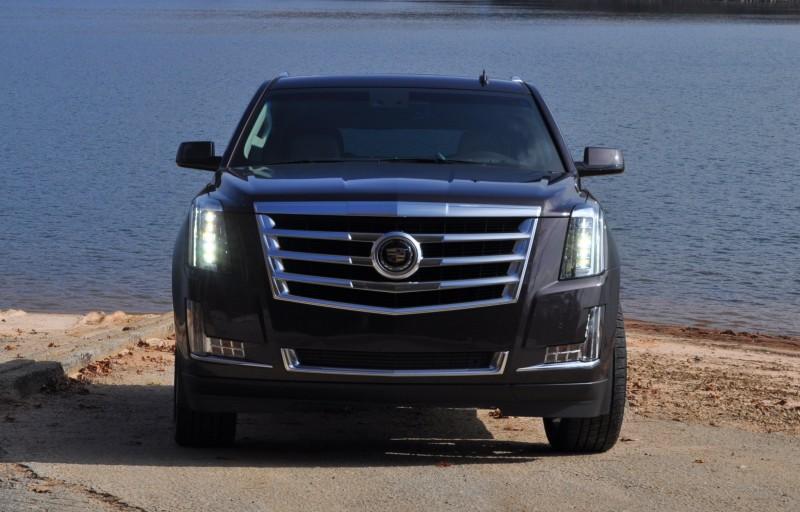 2015 Cadillac Escalade Luxury AWD 14