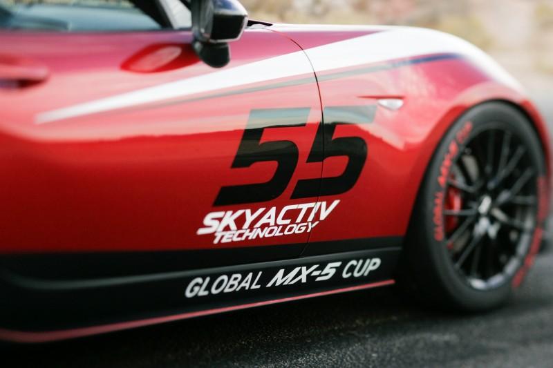 2016 MazdaSpeed MX-5 Racecar 4