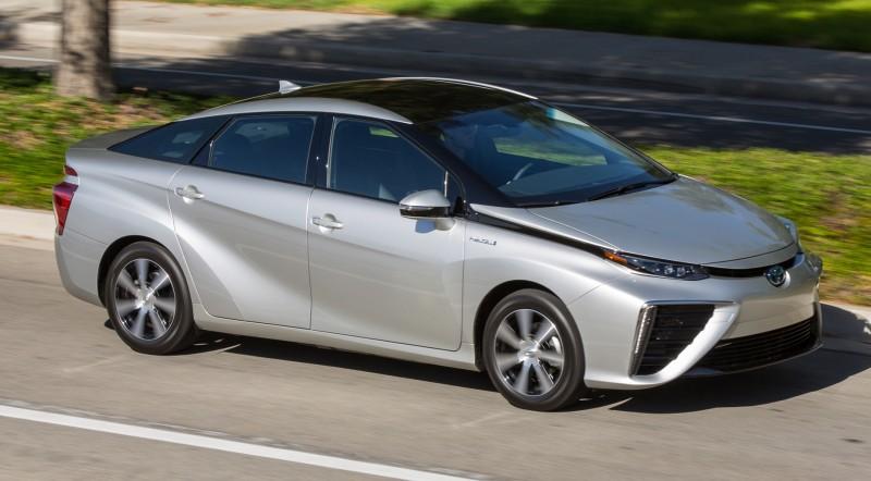 2016 Toyota Mirai 40