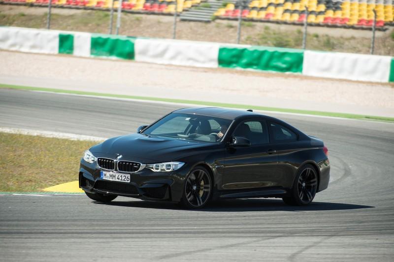 Track Drive Video - 2015 BMW M4 146