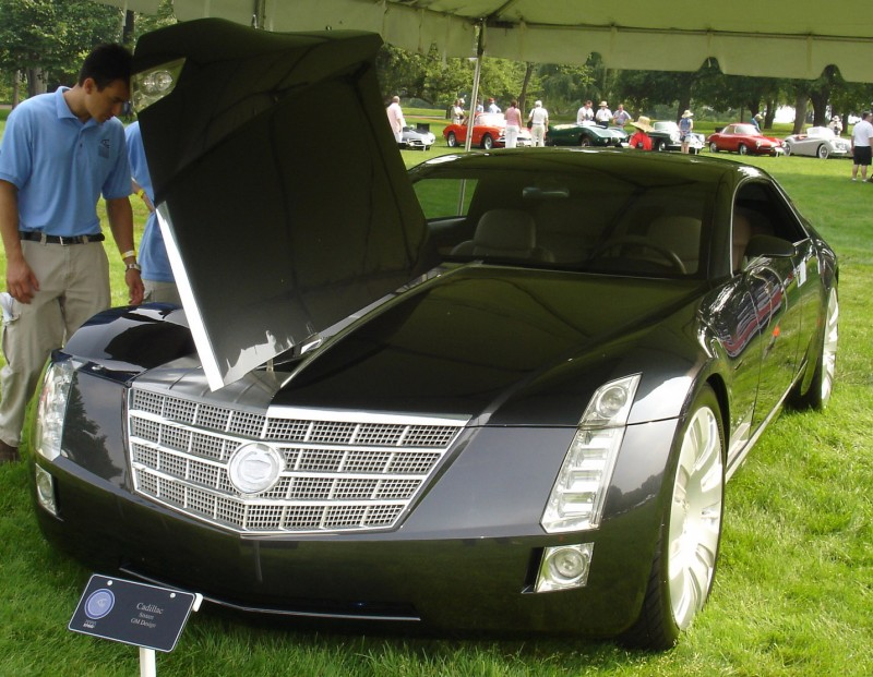 Concept Flashback - 2003 Cadillac Sixteen Hoped to Join $100k+ Limo Segment 63