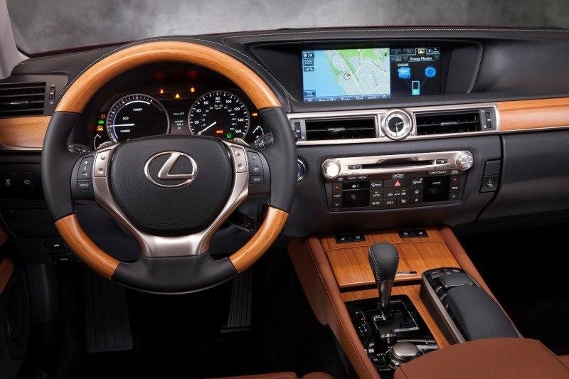 2014_Lexus_GS_450h_017