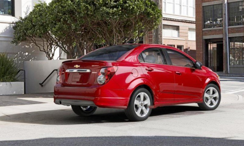 2015 Chevy Sonic RS Sedan COLORS and Buyers Guide Info 40