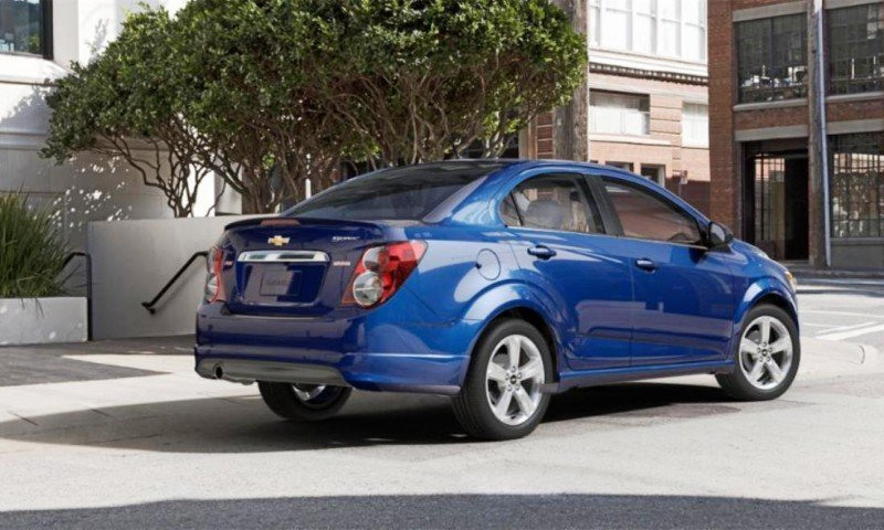 2015 Chevy Sonic RS Sedan COLORS and Buyers Guide Info 44